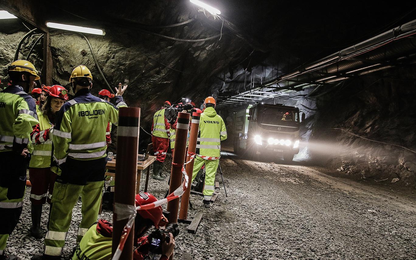 Volvo Trucks in World First with Self-driving Truck in Swedish Underground Mine
