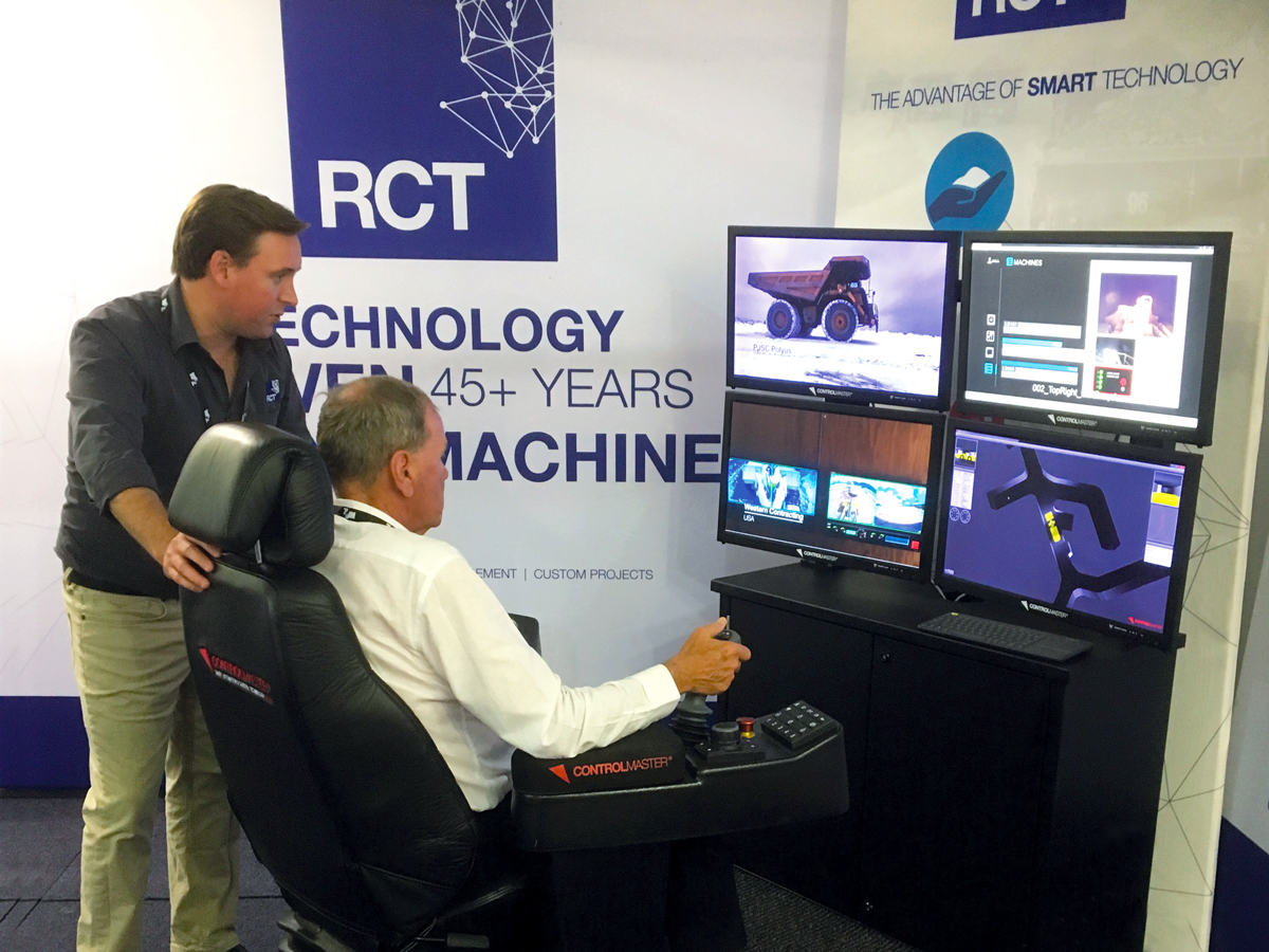 RCT's Ryan Noden discusses the Automation Centre with Kalgoorlie Mayor John Bowler at the 2018 Worthy Parts Industry Link Auction and Expo.